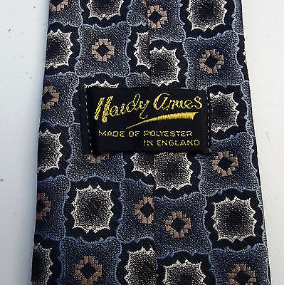 Hardy Amies check tie Vintage 1970s English men's smart and formal neckwear